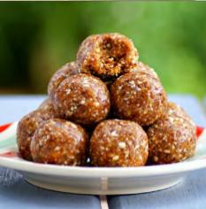 Salted caramel protein balls