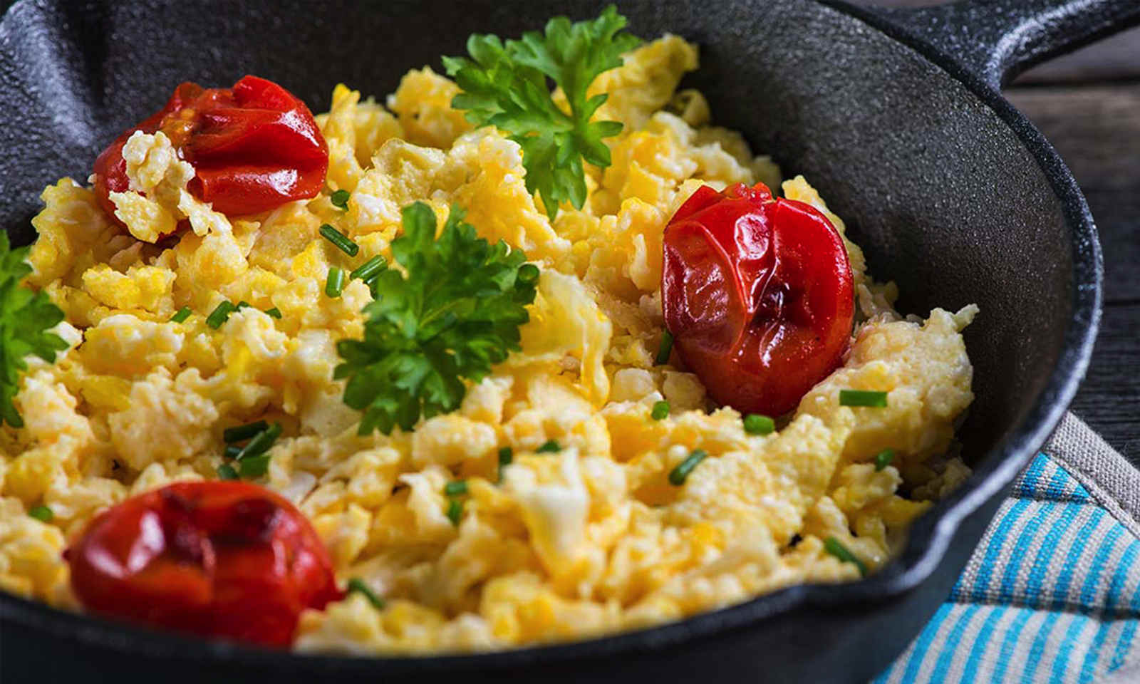 FEATURE---RECIPES Scrambled Egg