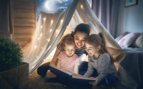 how to sleep kids parents mother reading stories to kids