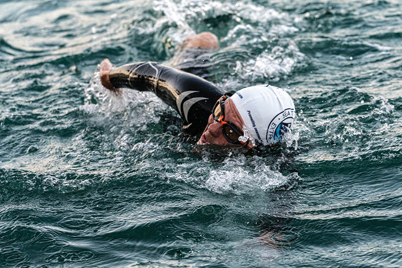 raise awareness of endometriosis cancer swimming